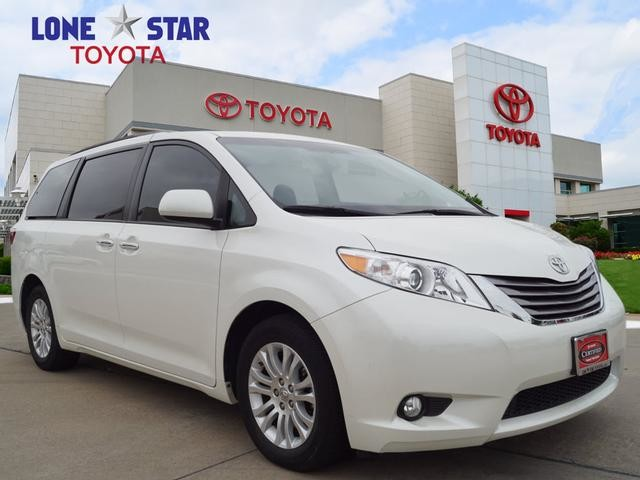 Pre Owned 2017 Toyota Sienna Limited Fwd 7 Penger
